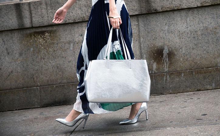 metallic-silver-heels-street-style-w724