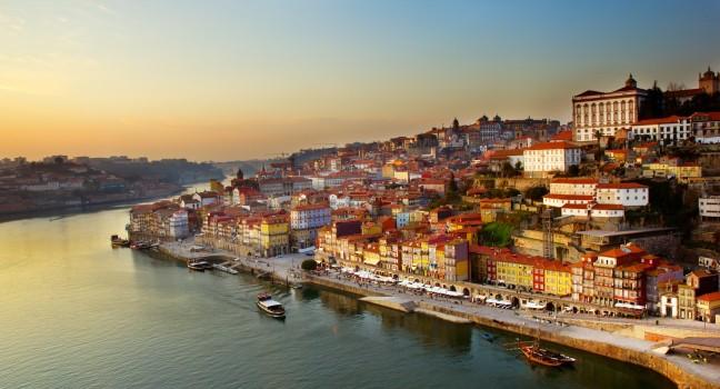 old-town-douro-river-porto-portugal_main